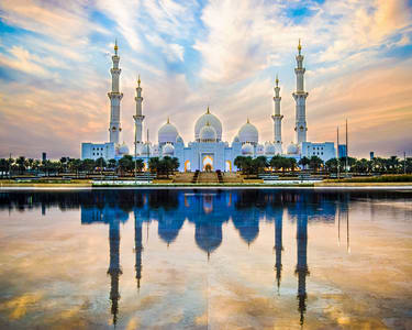 Abu Dhabi Sheikh Zayed & Heritage Village Half Day Tour