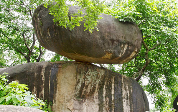 1531911233_balancing_rock.jpg