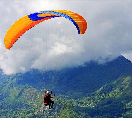 Paragliding in Kalimpong, Darjeeling