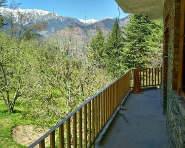 Offbeat Villa Stay Experience in Manali