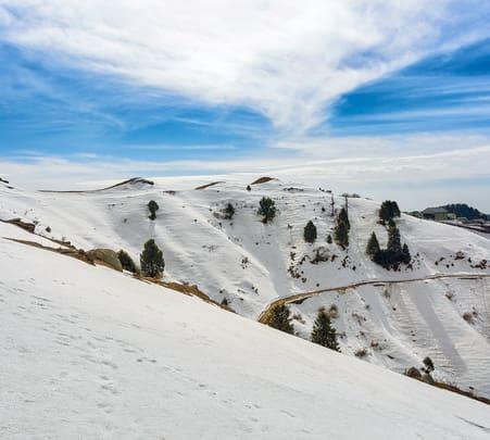 Dainkund Peak Trek, Dalhousie - Flat 17% Off