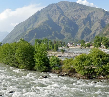 Full Day Sightseeing Tour of Kullu in a Private Vehicle