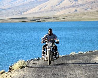 Ladakh Bike Trip : Manali-leh -srinagar