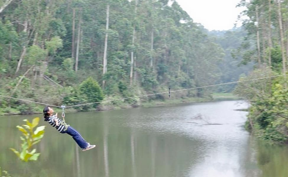 Zip Lining In Munnar | Thrillophilia