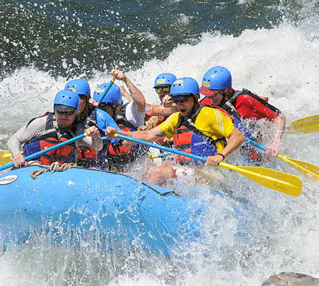 Thrilling White Water Rafting at Dandeli