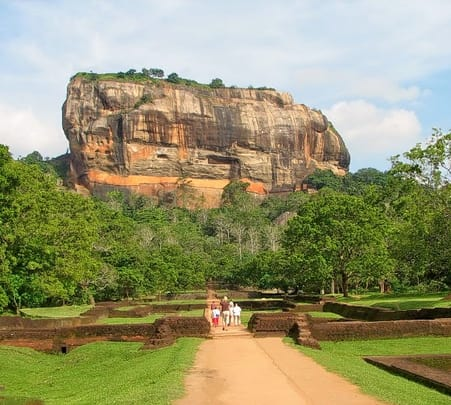 Day Trip to Sigiriya and Dambulla