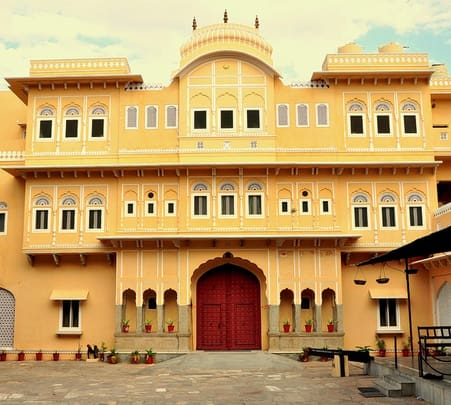 Heritage stay at Castle Khandela, Rajasthan