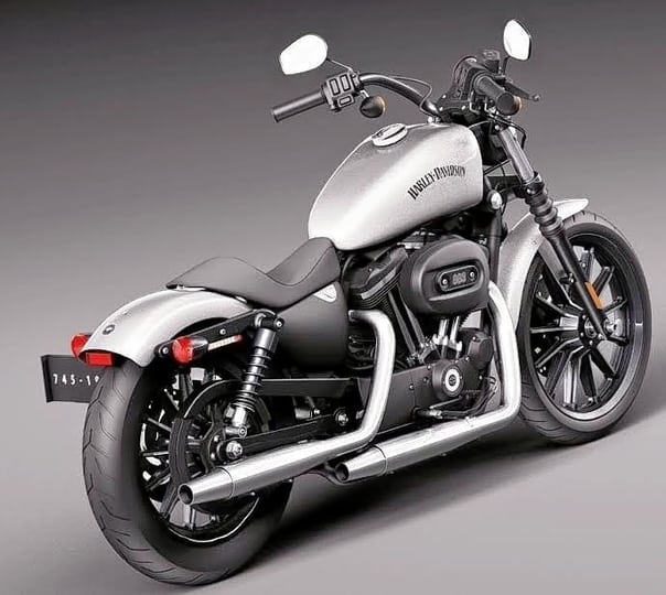 Rent a Harley Davidson Iron 883 in Mumbai