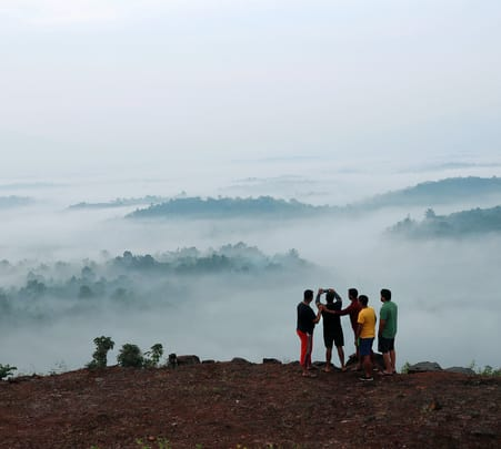 Hilltop Stay with Panoramic View at Wayanad