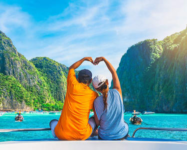 4 Days Phuket Honeymoon with James Bond Island (flights Included)