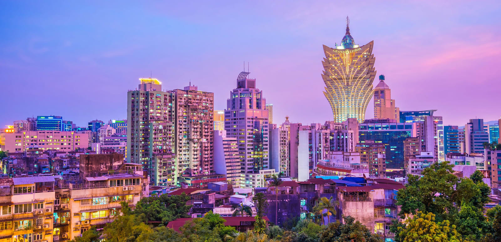1573660097_dmo-the-busy-travellers-guide-to-macau-00-hero-gettyimages-1048132776.jpg
