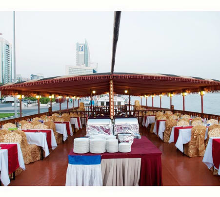 4 Star Dhow Dinner Cruise in Dubai Creek