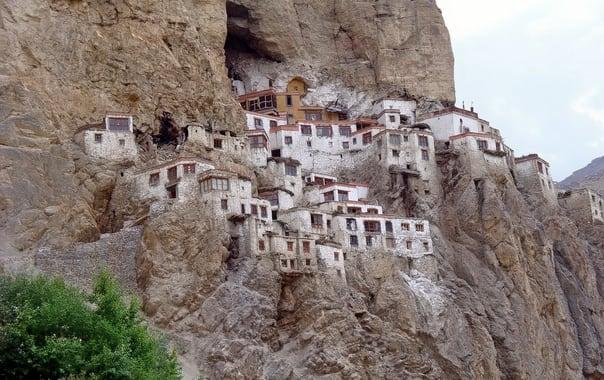1488817108_phugtyal-monastery.jpg