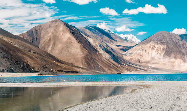 Best Time to Visit Leh Ladakh: When and Where to Visit- A Complete Guide