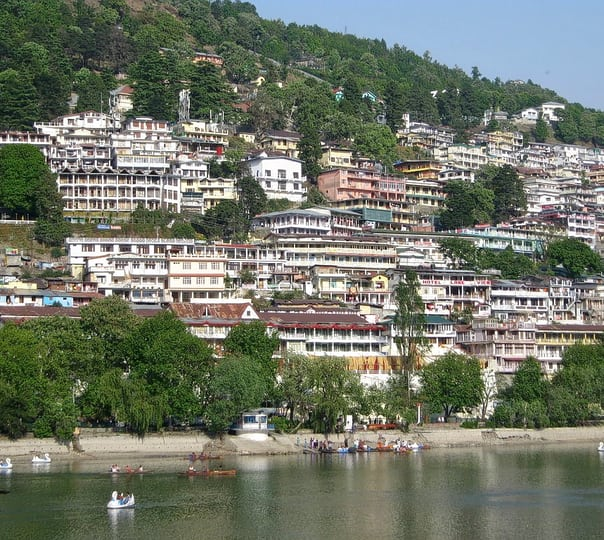 Sightseeing of Nainital in a Car