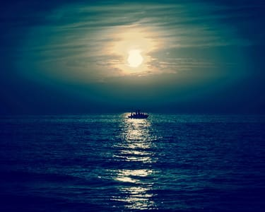 Moonlight Boat Ride in Dandeli Flat 22% off