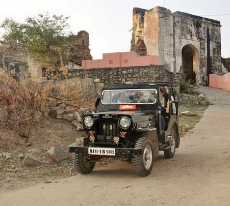 Jeep Safari in Jaipur, Rajasthan