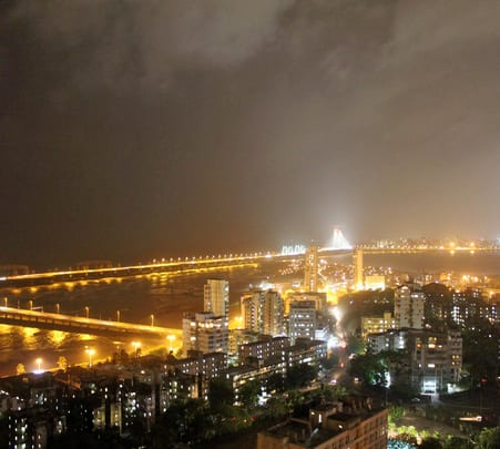 Mumbai Coastal Cycle Tour: Midnight Special - Flat 16% Off