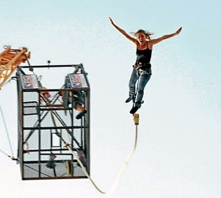 Single Bungee Jumping in Dubai
