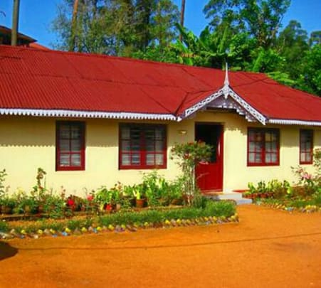 Cottage Stay Amidst Nature, Munnar Flat 15% off