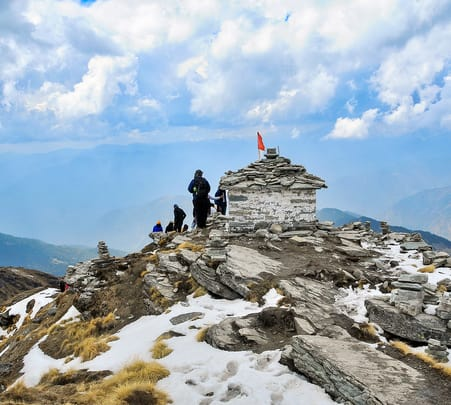 Snow Trek to Deoria Tal and Chandrashila Peak, Uttarakhand 2019