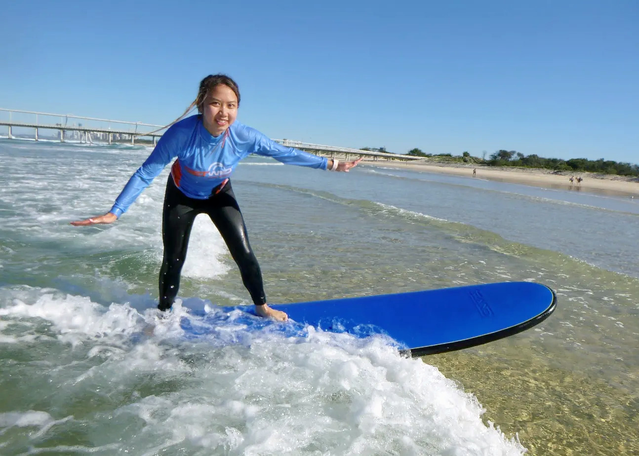 1579328365_surf_experience_in_gold_coast_klook(4).png
