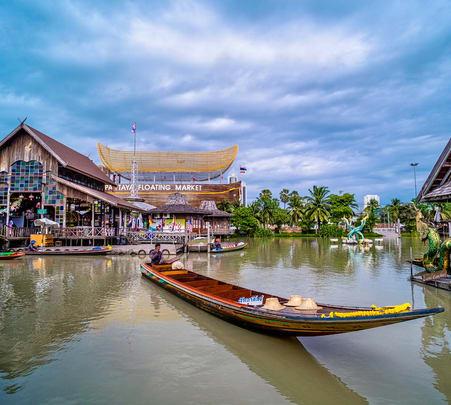 Pattaya Floating Market Admission Ticket