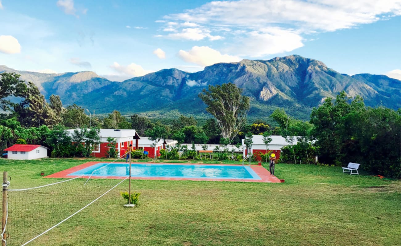 List of synonyms and antonyms of the word masinagudi for Resorts in bandipur with swimming pool