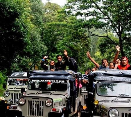 Jeep Safari Tour of Kolukkumalai in Munnar