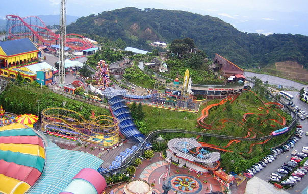 1464074305_1024px-genting_highlands_theme_park.jpg