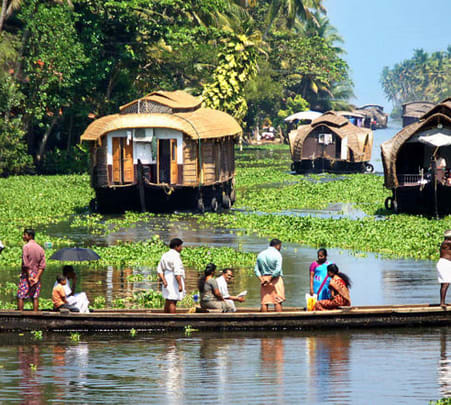 Exciting Alleppey Backwaters Boat Tour