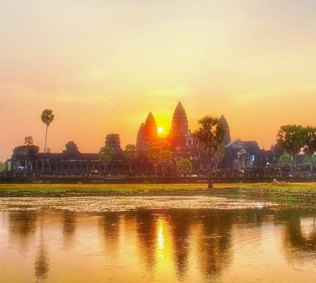 Cambodia Sightseeing Tour from Bangkok