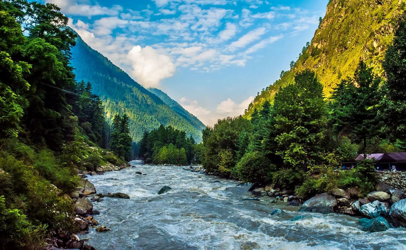 Parvati Valley And Kheerganga Trek Via Kasol And Manikaran