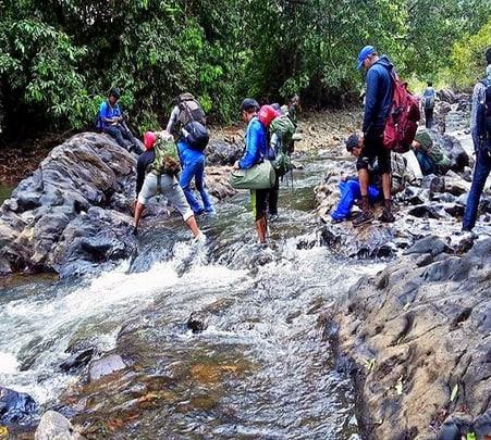 Dudhsagar Waterfalls and Tambdi Surla Temple Trip, Goa