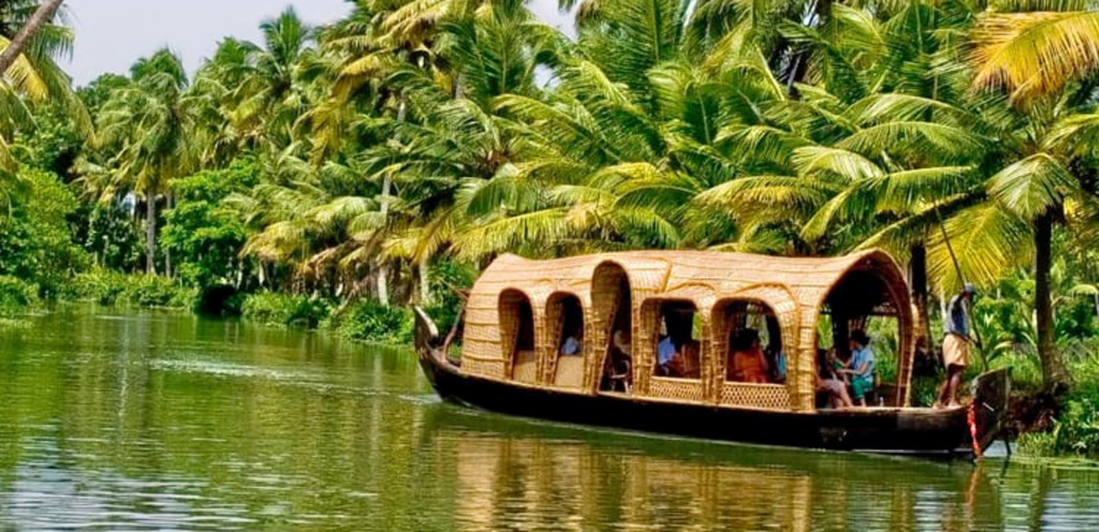 Alleppey Backwaters Day Tour Flat 25% Off