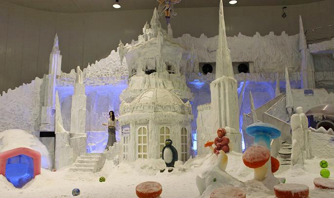 1487833087_snowcity_castle_image_1.jpg
