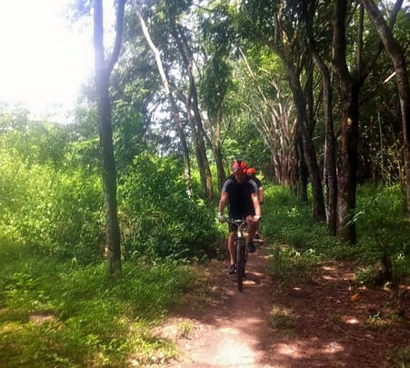 Cycling Trip from Phnom Phenh to Angkor Wat