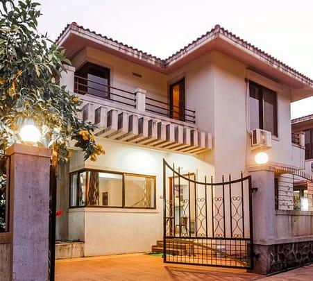 Villa Homestay with Jacuzzi in Lonavala