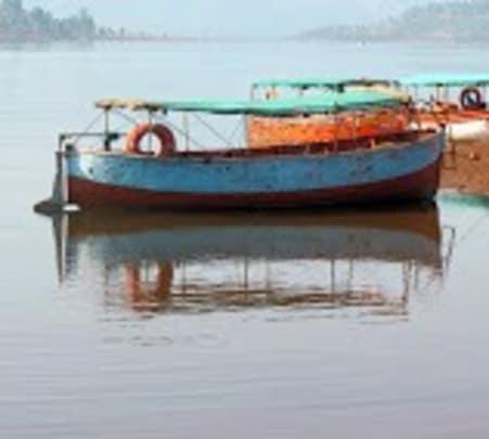 Trek to Vasota in Satara
