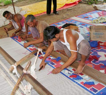 Tour of Weavers Village in Dausa