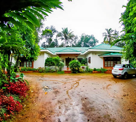 Homestay Amidst Coffee Plantations in Coorg Flat 42% off