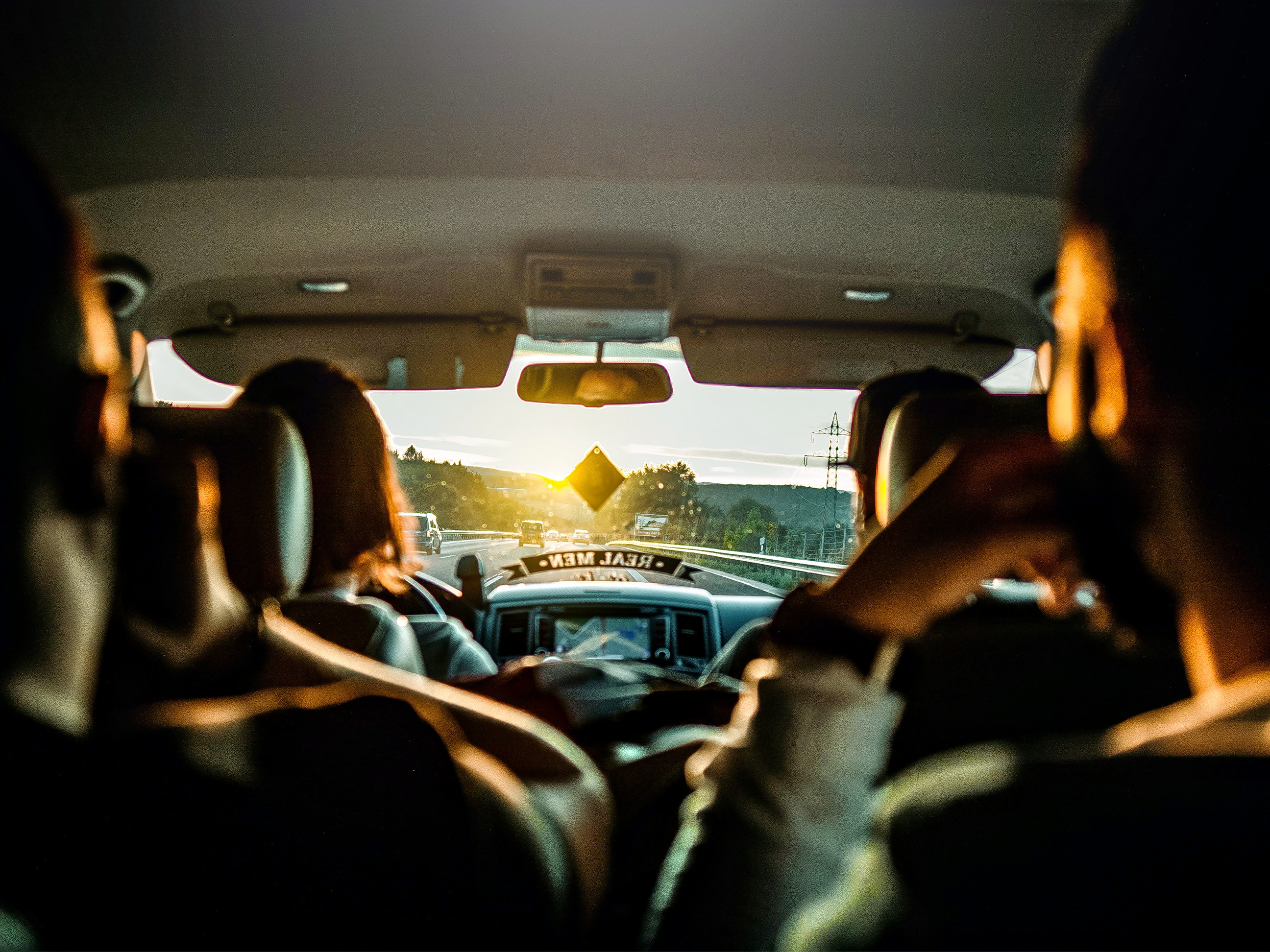1586865942_people-inside-a-vehicle-3543856.jpg