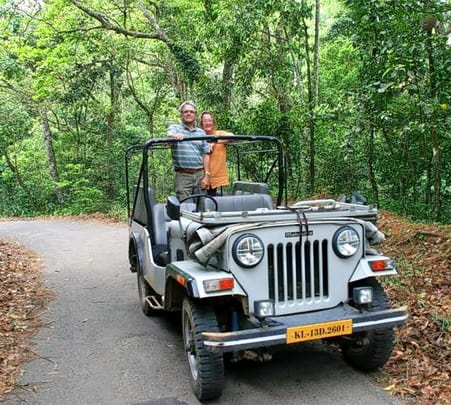Jeep Safari And Tea Plantation Visit In Kolukkumalai