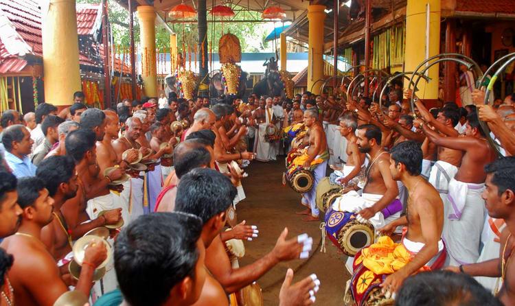 Listen To Panchavadyam