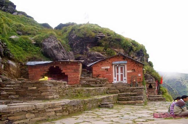 Kalpeshwaar-rudranath-tunganath_2.jpg