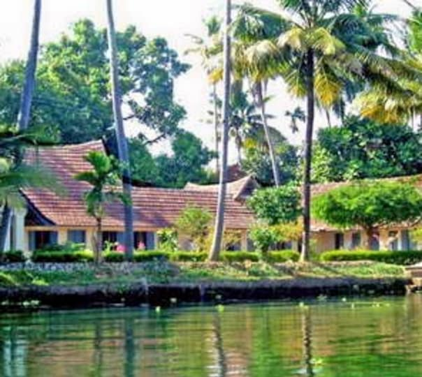 Stay at Pooppallys Heritage Homestay in Alleppey
