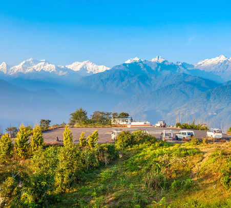 Jewels of Himalayas: Gangtok, Pelling & Darjeeling Tour